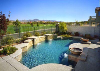 Modern pool designer in Gilbert
